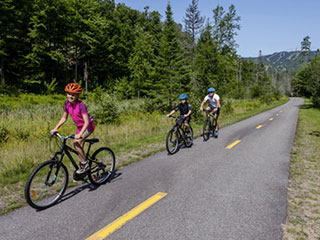 Biking and so Much More - Tourisme Mont-Tremblant