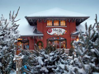 Christmas at Sherbrooke's marché de la Gare - Eastern Townships