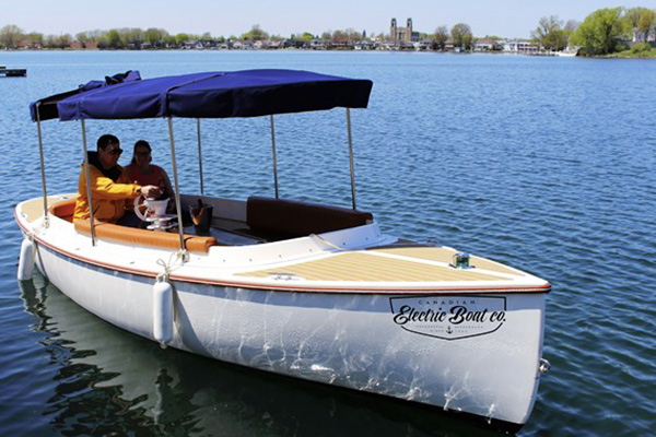 AquaPiknik Electric Boat Rental (no license required)