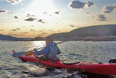Tadoussac Autrement - Kayak and theatre Passport