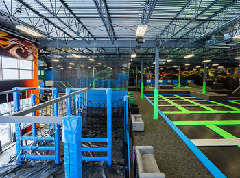 Start jumping at iSaute, Quebec's #1 trampoline park!