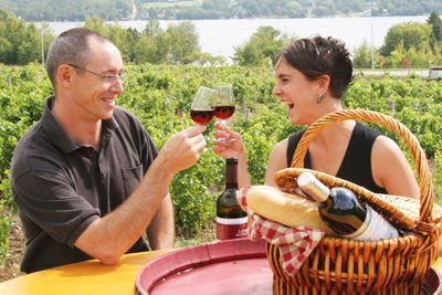 It's Time for Picnicking in the Eastern Townships