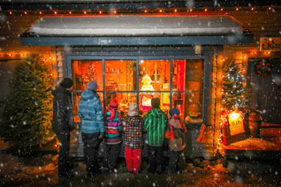 A balm for the heart and spectacular sights at the Desjardins Village in Lights