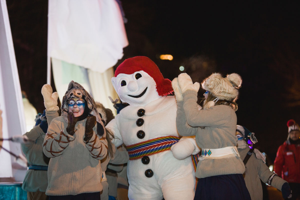 Snowballs of fun at the Québec Winter Carnival!
