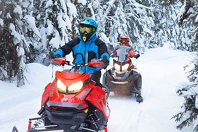 Where to go for a magnificent snowmobile trip