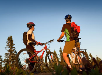 Have a look at our top 5 bike paths in Quebec for future trips