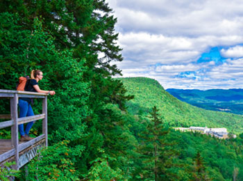 Admire the view in the Jacques-Cartier region